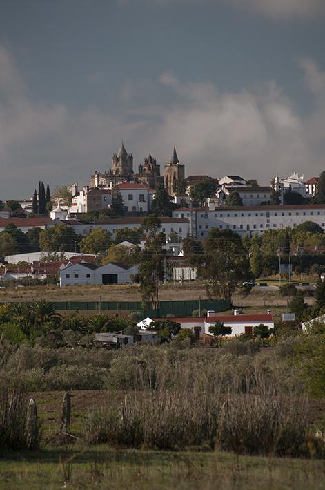 Centro histórico de Évora visto da estrada que me levou de Elvas para lá