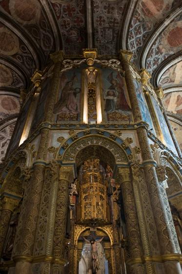 A decoração é dos séculos 15 e 16: obra promovida por D. Manuel