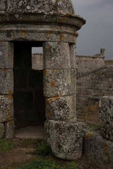 As muralhas: monumento nacional desde 1928, elas formam...