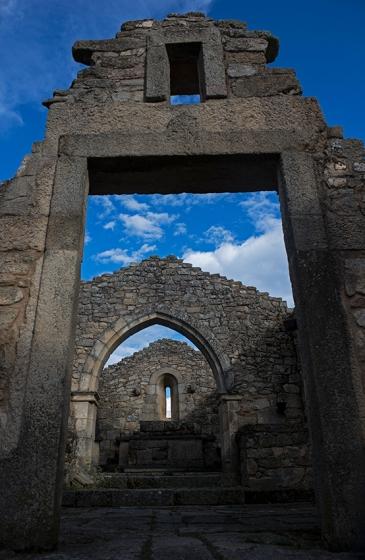 A igreja em ruínas: restauro prevê a criação de um museu