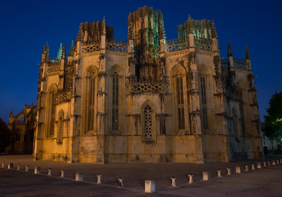 As Capelas Imperfeitas vistas pela lado de fora do Mosteiro da Batalha: iniciadas em 1434