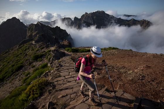 Últimas luzes de uma quinta-feira fantástica no Pico do Areeiro
