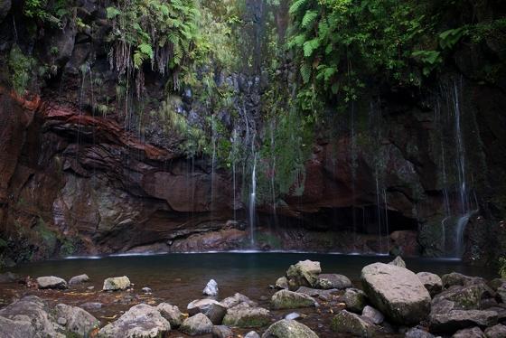 Lagoa das 25 Fontes