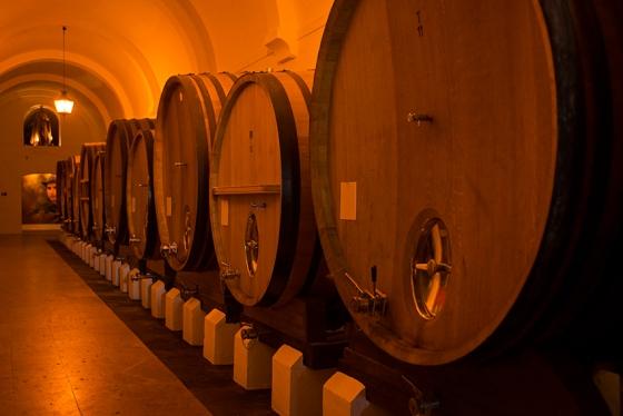 Cascos de estágio da Quinta de Valbom: depois da visita, degustação de azeites e vinhos