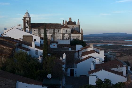 Igreja de Nossa Senhora da Lagoa: século 16 e estilo renascentista