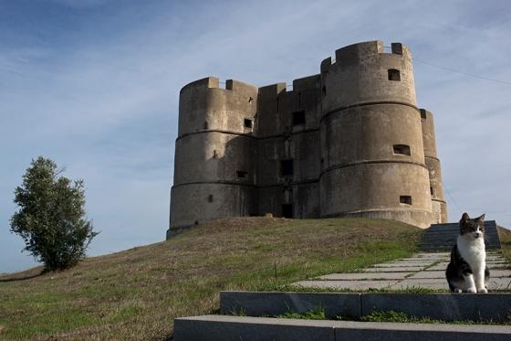 O castelo de Evoramonte, um dos mais estranhos que eu já vi