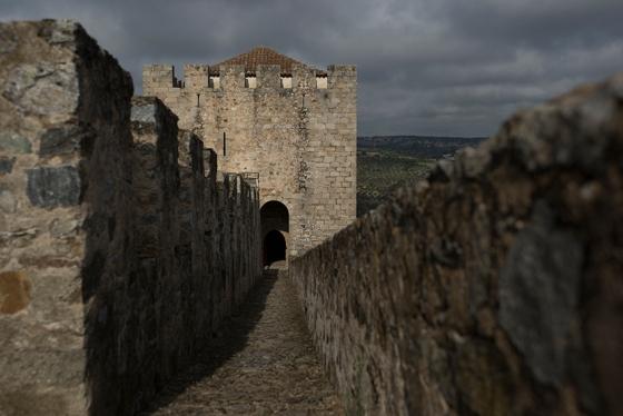 O castelo de Elvas só para mim, sem nenhum outro visitante por perto