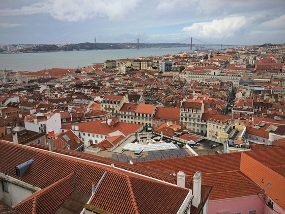 A vista que se tem do alto do Castelo de São Jorge, uma das melhores da cidade