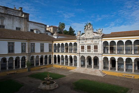 O Colégio do Espírito Santo, ponto de partida para a criação da Universidade de Évora