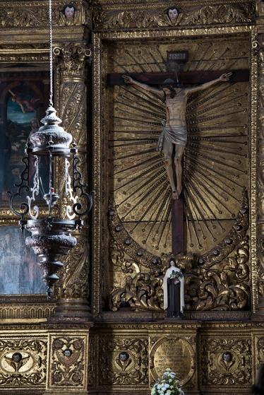 O Altar do Senhor Jesus, de estilo renascentista, data do último quarto do século 17