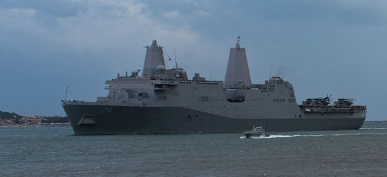 A missão do Arlington é levar fuzileiros navais dos EUA para regiões de conflito ao redor do mundo