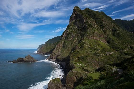 Até parece a Polinésia Francesa, mas é a Ilha da Madeira