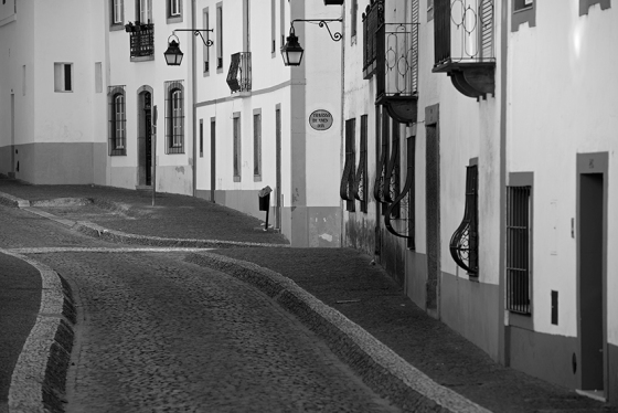 Rua do Conde da Serra de Tourega
