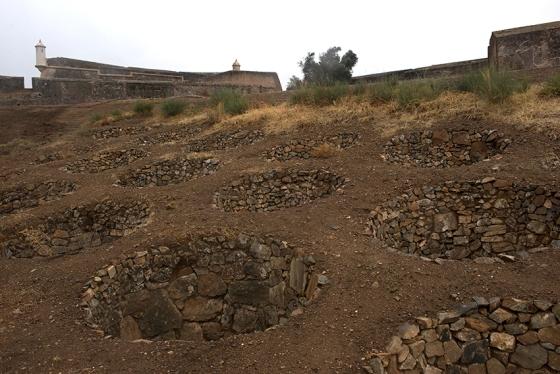 O mesmo conjunto de armadilhas, descritas pela primeira vez ainda nos tempos da Roma Antiga